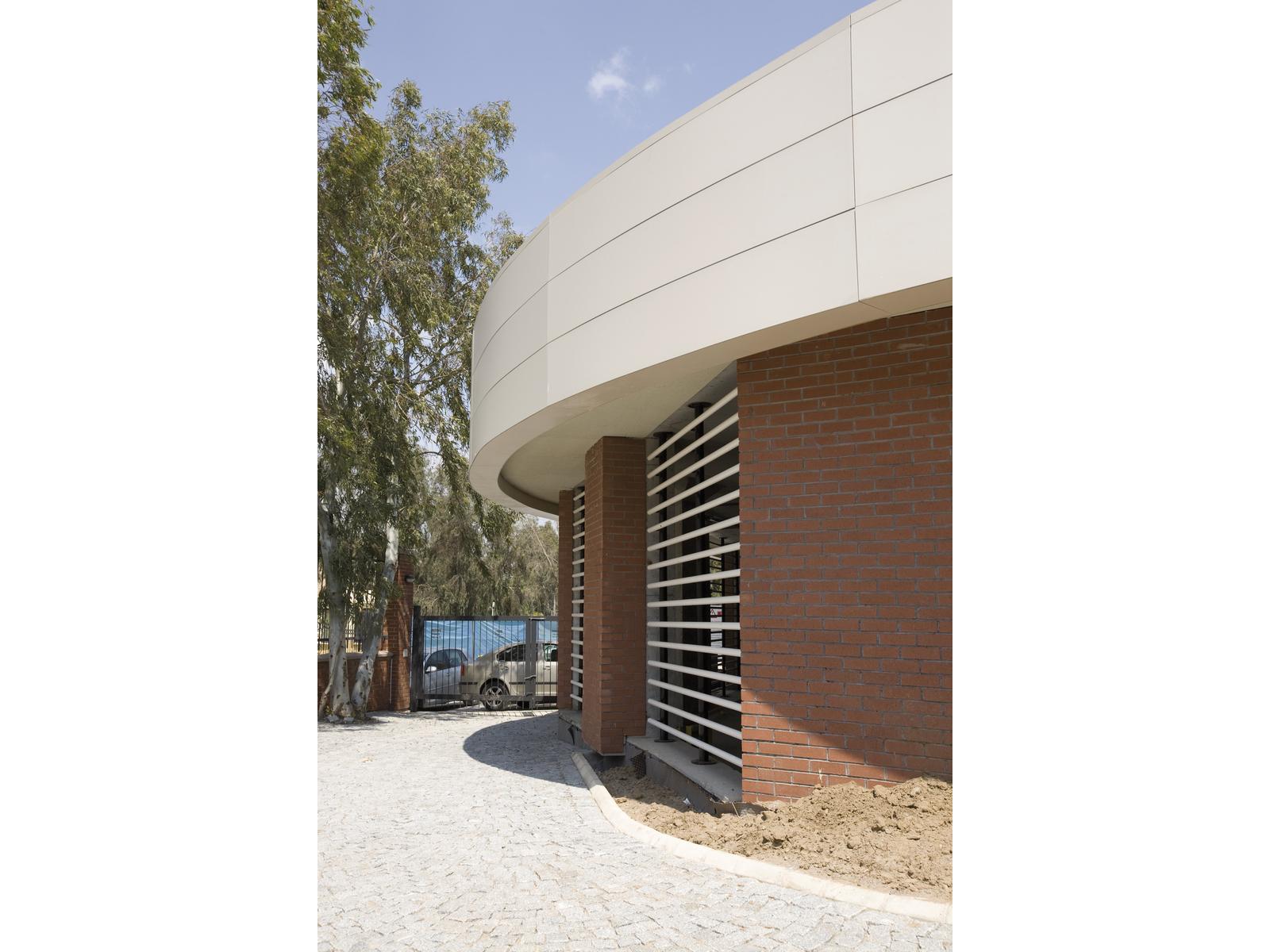 Ekonomi Üniversitesi Otopark
